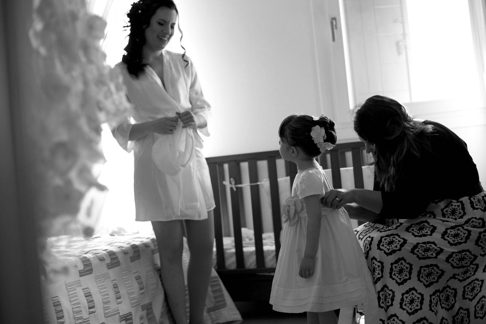 attenzione al dettaglio per l'abito dei bimbi della sposa